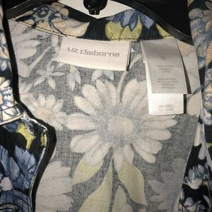 Size Medium Floral Light Weight Jacket